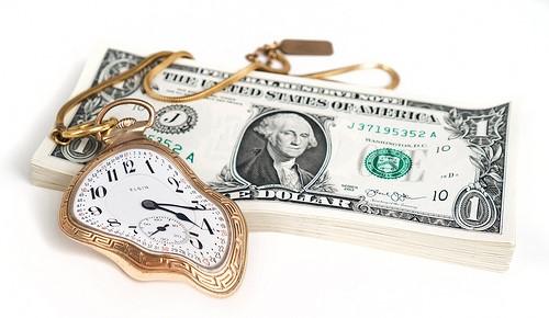 趣味に費やす時間とお金
